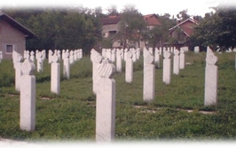 Klanjana dženaza za 224 ubijene osobe kod Ključa
