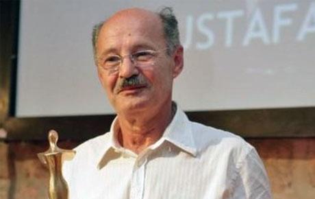 Rođen Mustafa Nadarević