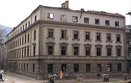 Zapaljen Orijentalni institut u Sarajevu