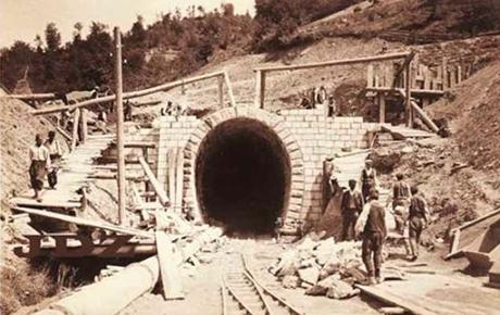 Puštena u promet željeznička pruga Šamac-Sarajevo