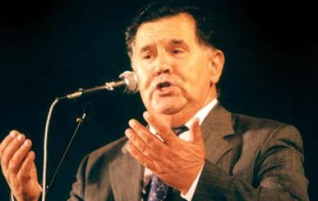 Rođen Safet Isović